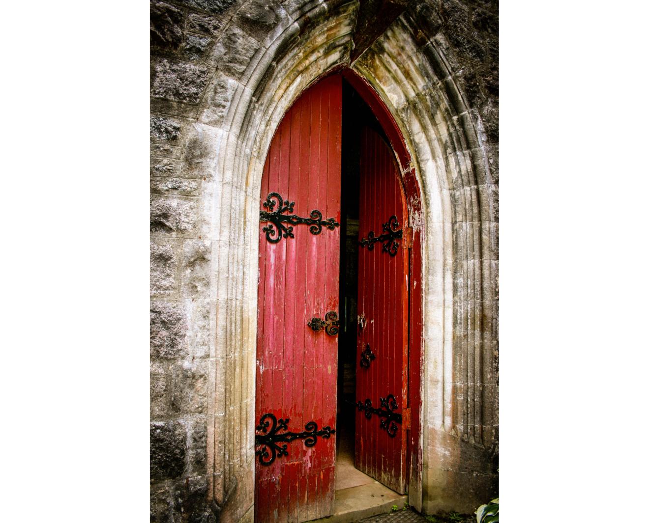 Onze parochiekerken stapje voor stapje weer open